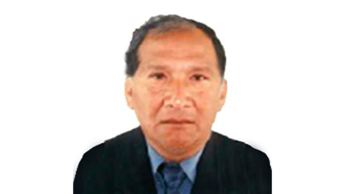 Dr. Gilberto Carazas Quispe